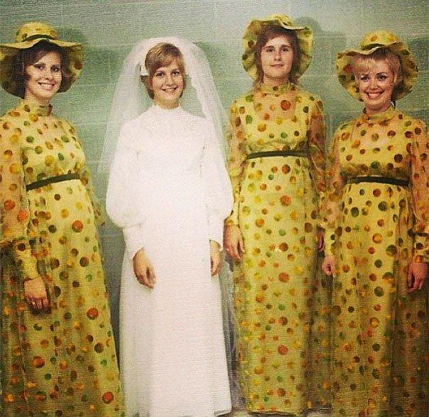 6. Подружка невесты, винтажные фото, мода, наряды, свадебные платья, свадебные снимки, смешное, юмор