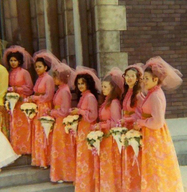 29. Подружка невесты, винтажные фото, мода, наряды, свадебные платья, свадебные снимки, смешное, юмор