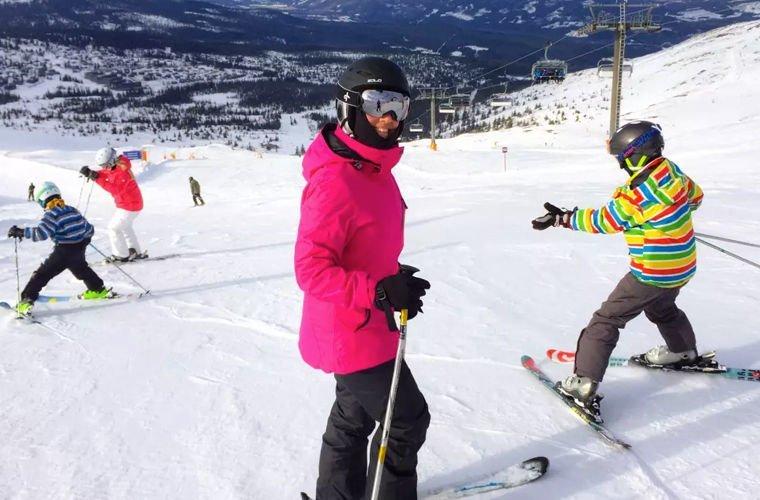 Они отмечают пасху на лыжах в мире, жизнь, закон, люди, норвегия, порядок, правила