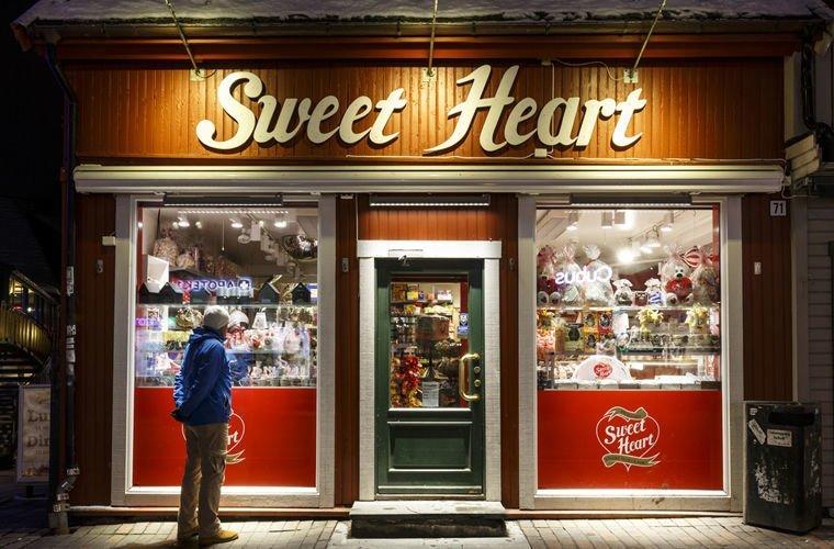 В их магазинах нет охранников, видеокамер и даже продавцов в мире, жизнь, закон, люди, норвегия, порядок, правила
