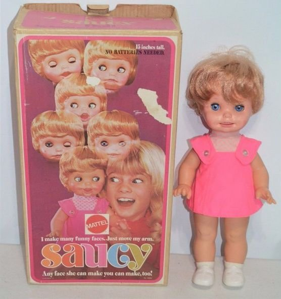 """""""Я могу делать странные лица. Просто двигай моей рукой"""" — гласит описание на упаковке детство, жуть, игрушка, кукла, прошлое"""
