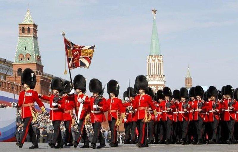 Парни в медвежьих шапках великобритания, гвардия, история, факты