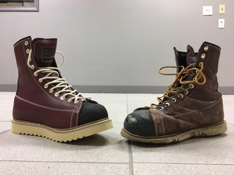 21. Новая пара обуви и поношенная время идет, до и после, интересно, с течение времени, фото