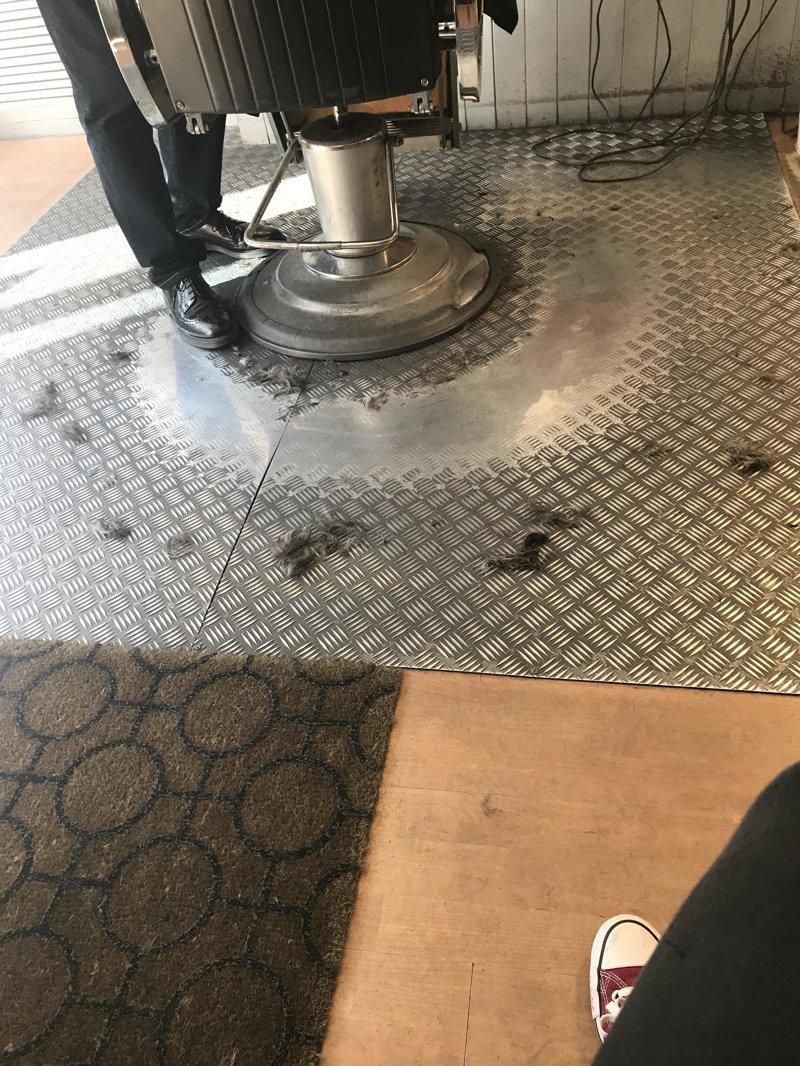 17. Следы от работы парикмахеров время идет, до и после, интересно, с течение времени, фото