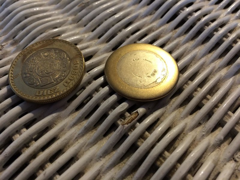 12. Новая и старая монеты время идет, до и после, интересно, с течение времени, фото
