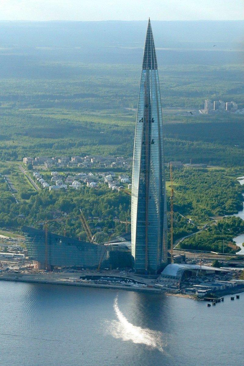 """Ключевым объектом комплекса станет штаб-квартира государственного концерна """"Газпром"""" ЛахтаЦентр, газпром, небоскреб, россия, санкт-петербург, строитель, фото"""