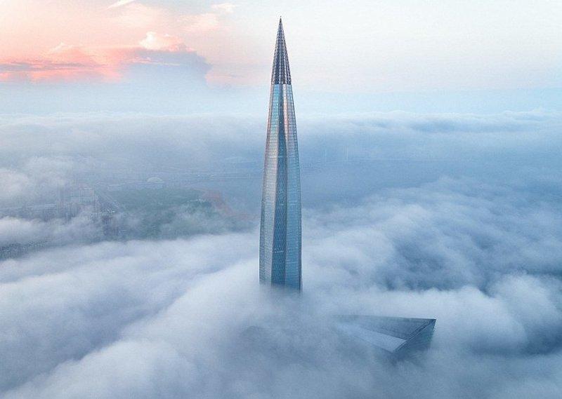 """Небоскреб стал самым северным в мире и самым высоким в России и Европе: он на 88 метров превосходит московский небоскреб """"Башня Федерация"""" ЛахтаЦентр, газпром, небоскреб, россия, санкт-петербург, строитель, фото"""