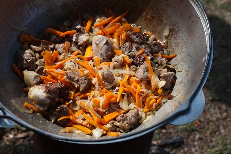 Узбеки, таджики и кавказцы поделились секретами приготовления плова дагестан, еда, кавказ, кулинария, плов, россия