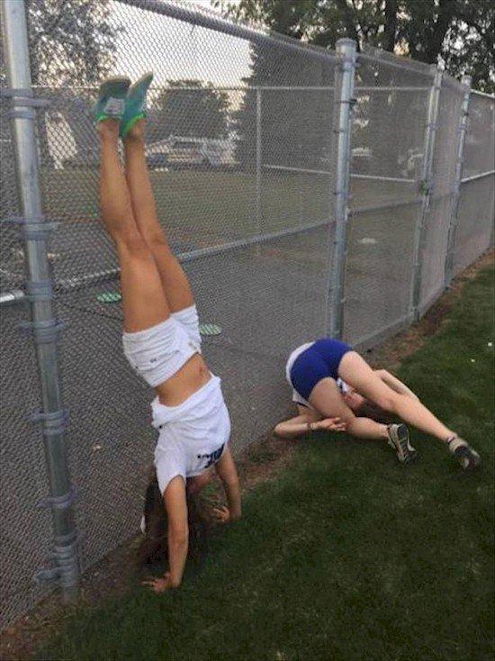 4. Одна спортивная, а вторая не очень. два типа, девушки, смелость, страх, типичная девушка, фото