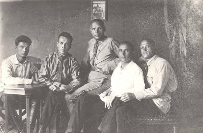 Михаил Ильич Кошкин - создатель танка Т-34 (второй слева) биография, детство, интересное, конструкторы, ученые