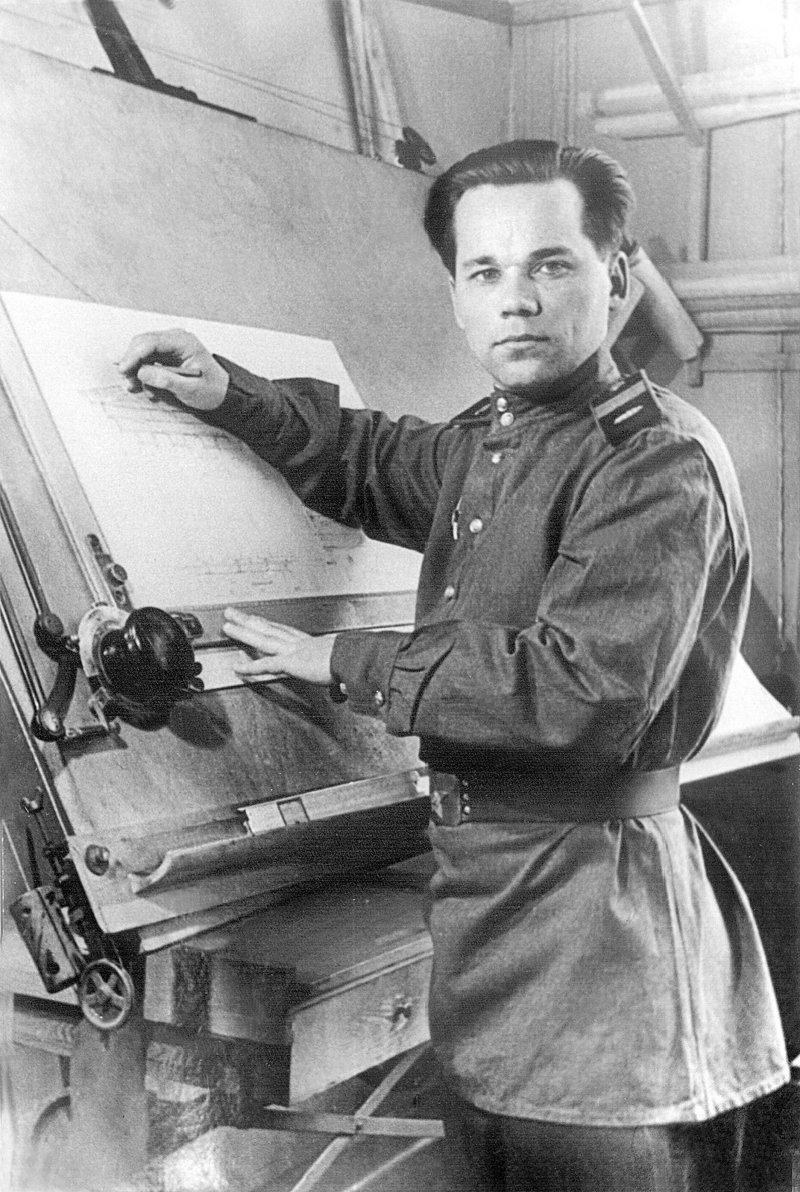Михаил Тимофеевич Калашников - молодой конструктор биография, детство, интересное, конструкторы, ученые
