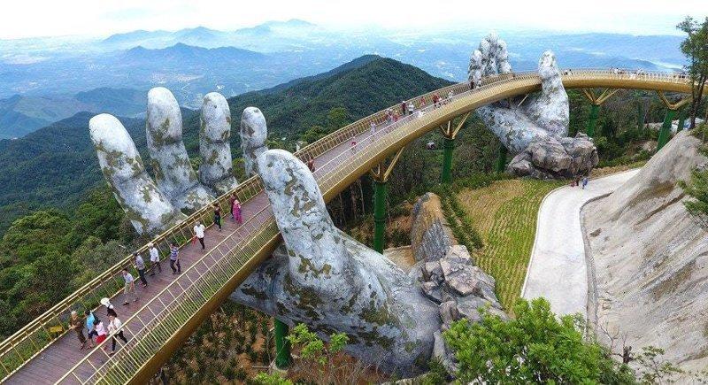13. Золотой мост во Вьетнаме восхищение, гениально, дизайнер, идея, креатив, проект, фантазия