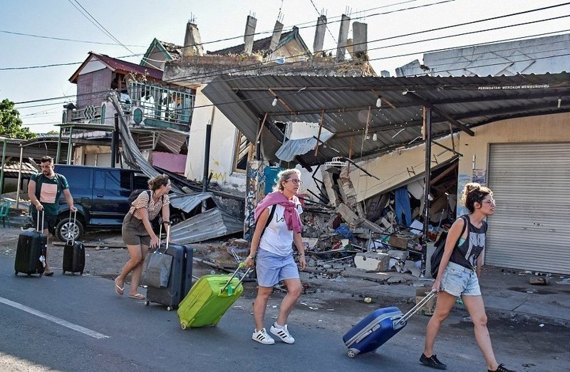 Российских туристов среди эвакуированных с островов Индонезии не было Гили, землетрясение, индонезия, ломбок, мир, остров, эвакуация