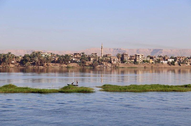 Город стоит на слиянии двух рек: Белого Нила и Голубого Нила агломерация, африка, северная африка, столица Судана, столицы мира, судан, хартум