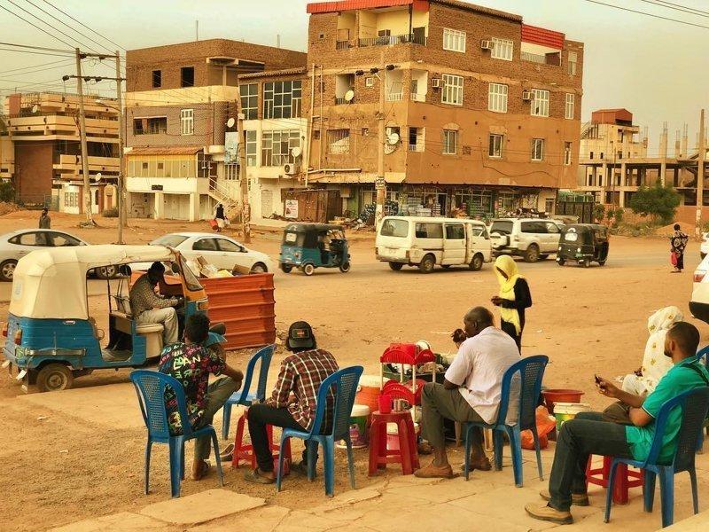 Так выглядит типичное послеполуденное чаепитие агломерация, африка, северная африка, столица Судана, столицы мира, судан, хартум