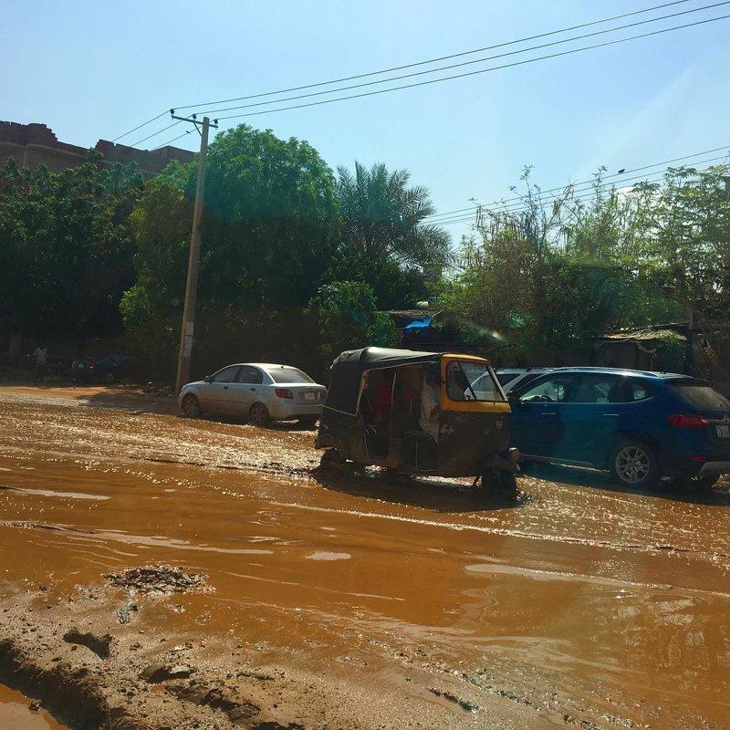 После дождей по улицам буквально не проехать: грязища агломерация, африка, северная африка, столица Судана, столицы мира, судан, хартум