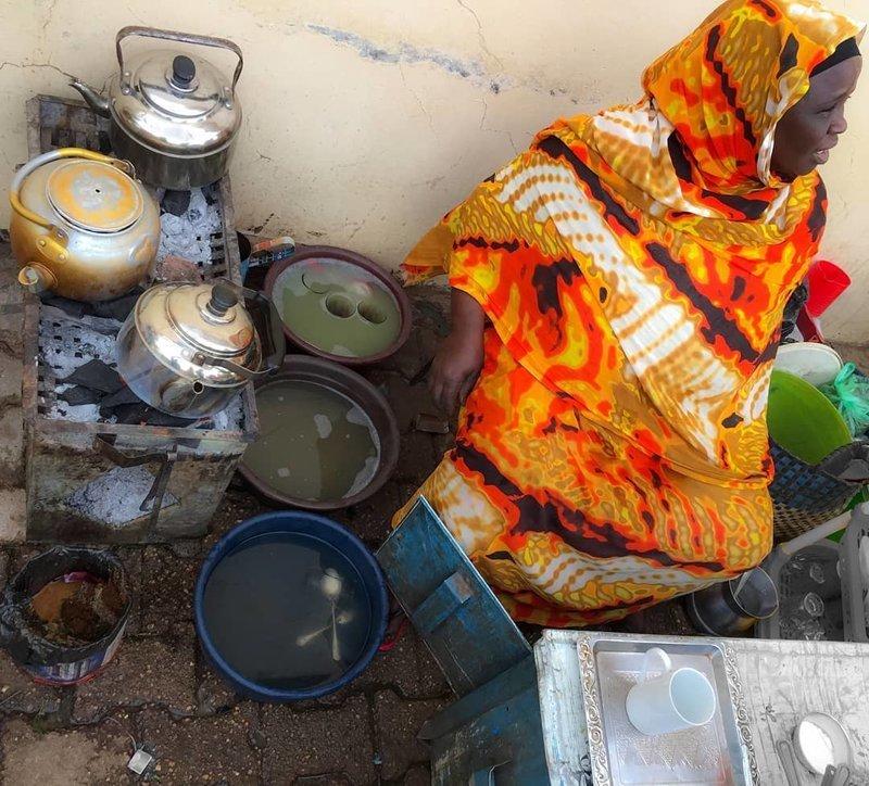Основой суданской кухни являются разные мясные или рыбные соусы в разных интерпретациях и гарниром (рисом, лепёшками, кашей) агломерация, африка, северная африка, столица Судана, столицы мира, судан, хартум