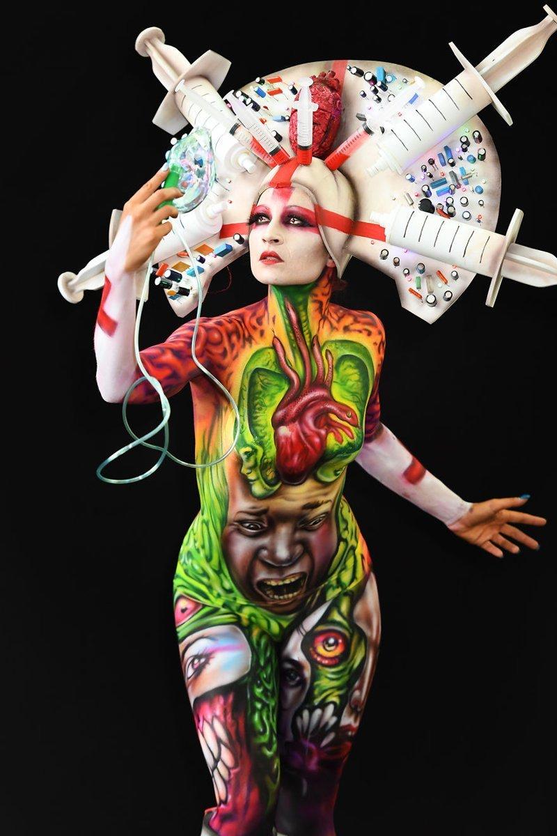 8. Художник: Alex Hansen Фестиваль, австрия, боди-арт, искусство, мир, образ, творчество, тело