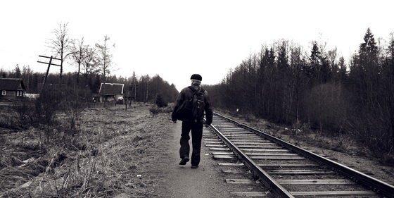 В город жители ходят пешком по рельсам. Путь, конечно, неблизкий – 10 км, и занимает около двух часов. ynews, врачи, глубинка, деревня, интересное, скорая помощь, фото