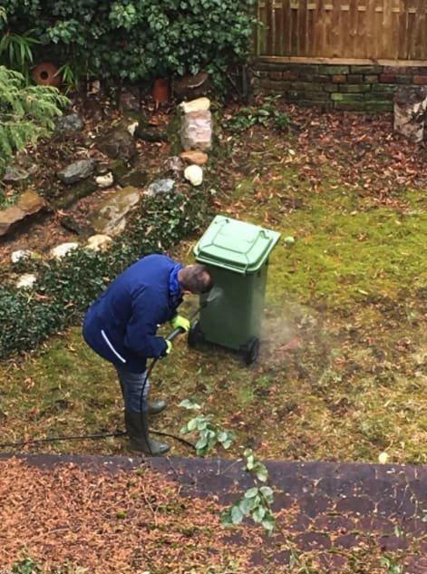 Мой сосед — немец. Каждый день он моет мусорное ведро даже снаружи! в мире, германия, идеально, люди, немцы, порядок