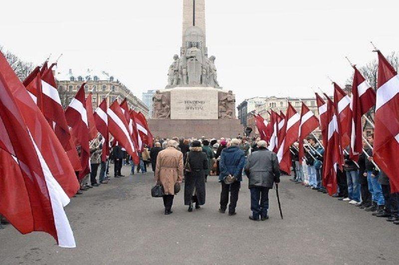 В Латвии трудно устроиться на работу без знания русского ВЛатвия, знания, работа, русский, трудно устроиться