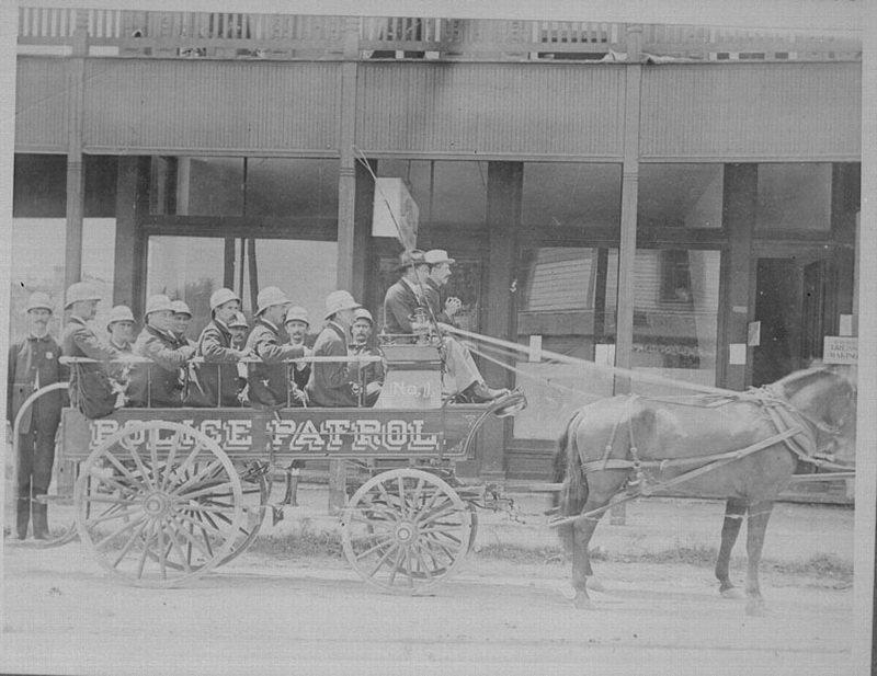 Патрульный экипаж , Тампа, США. 1890-1900 гг. военное, жандармы, исторические фото, милиция, полиция, факты