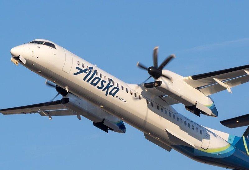 Во все тяжкие: сотрудник авиакомпании угнал самолет, чтобы совершить самоубийство ynews, видео, крушение самолета, самоубийство, угон самолёта