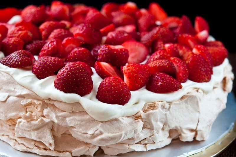 """2. Торт """"Павлова"""" Бефстроганов, известные личности, кулинарная классика, торт """"Павлова"""""""