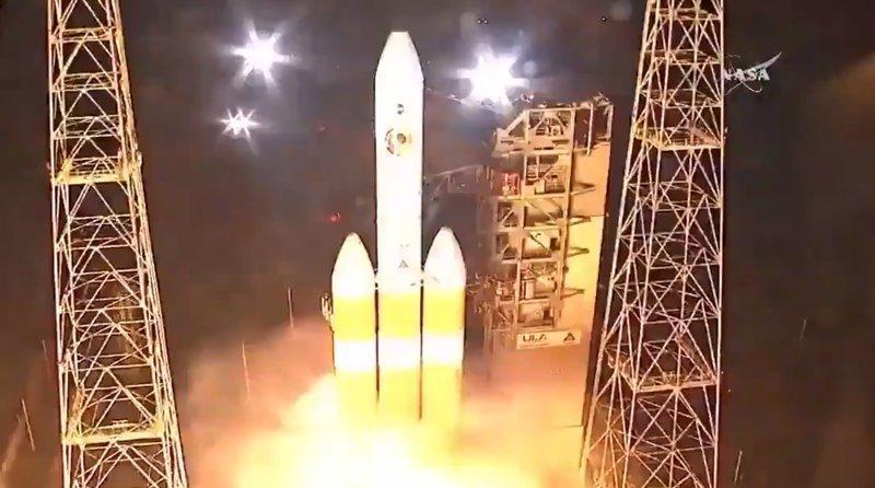 НАСА запустило солнечную миссию Parker Solar Probe, nasa, ynews, запуск, зонд, космос, солнце