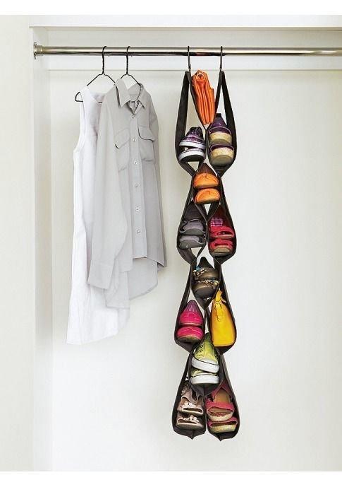 15. В магазинах продается множество органайзеров для хранения  маленькая квартира, обувь, способы хранения, фото, хранение, шкаф
