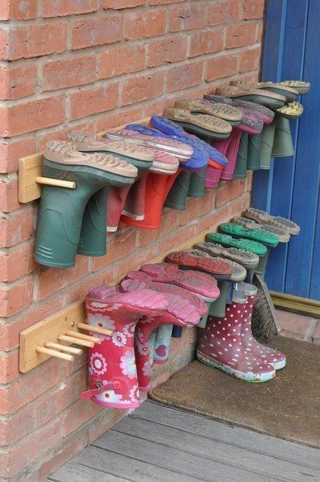 14. Удобно для уличной обуви  маленькая квартира, обувь, способы хранения, фото, хранение, шкаф