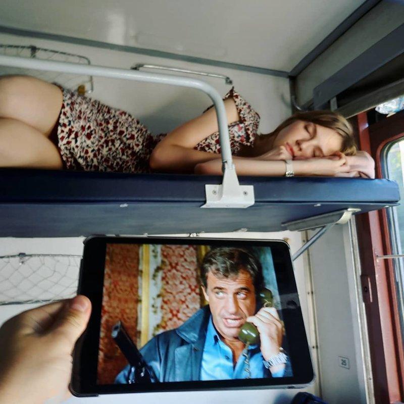 напоили и выебали соседку по купе в поезде