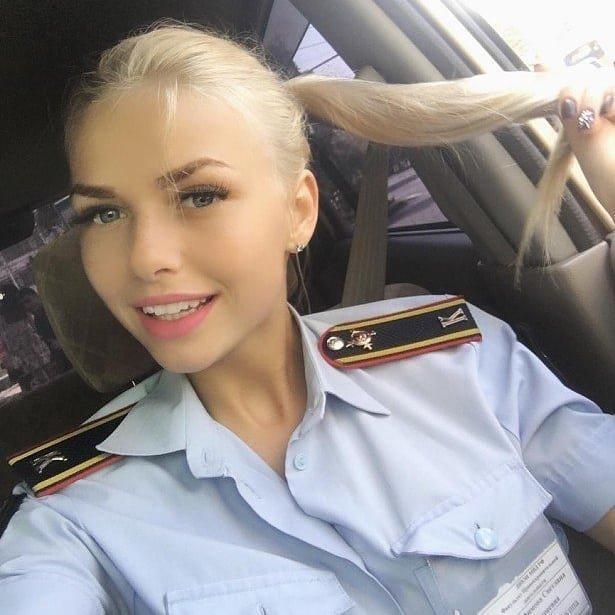 Сногсшибательные девушки в форме, от которых не оторвать глаз армия, девушки, закон, красота, мчс, полиция, правопорядок, форма