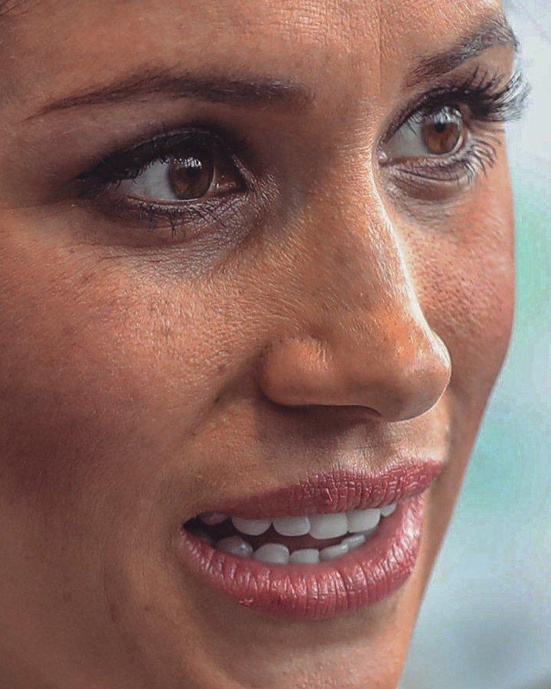 11. Меган Маркл без макияжа, без фотошопа, звезды вблизи, знаменитости, фото вблизи