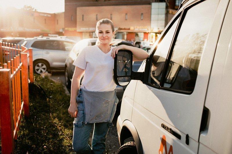 С юрфака за баранку или как Юля из Москвы стала водителем грузовика Водитель грузовика, Водитель девушка, водитель, газель, грузовик, красивая девушка, москва
