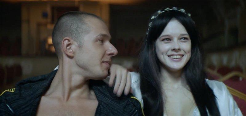 Секс диски русские, вымыла языком грязный член видео