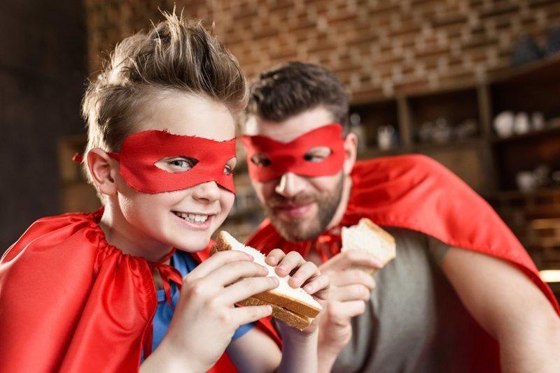 8. Чей-то сэндвич – идеален по вкусу. Сойдет и тот, который сделал кто-то другой для вас. гурманы, еда, напитки, самый вкусный, секрет, сэндвич