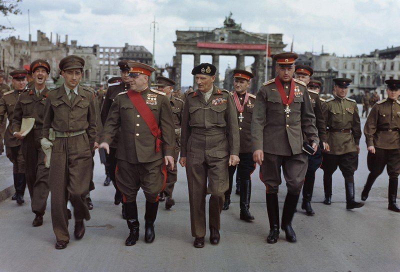 Картинки по запросу победа берлин 1945 год