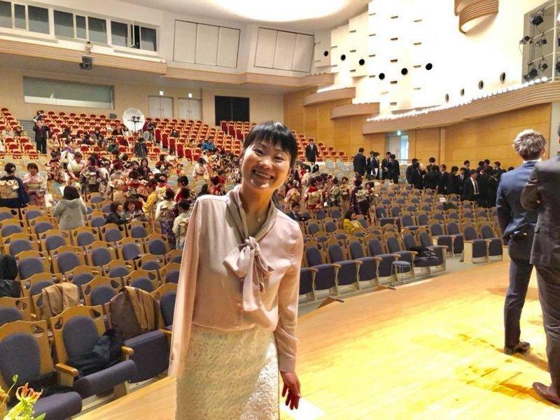 Японка с одной рукой виртуозно играет на скрипке протезом в мире, люди, музыка, протез, скрипк, удивительно, японка