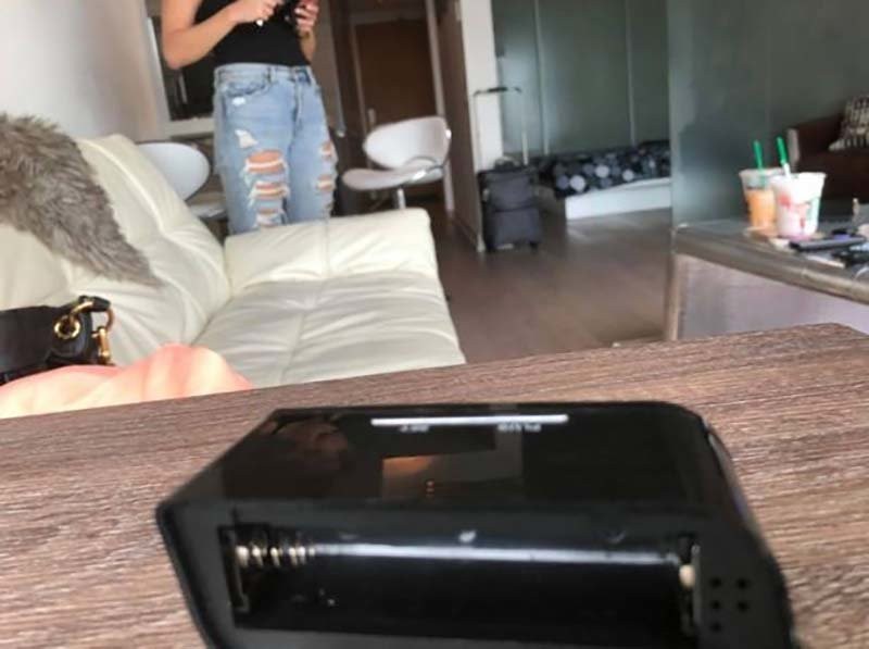 Смотреть скрытая онлайн спальне камера