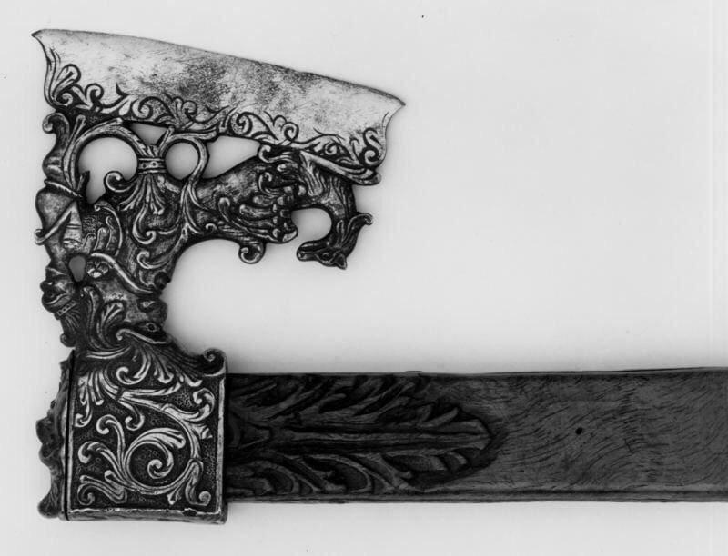 12. Поразительно красивый топор, вероятно, используемый для охоты. Сицилия, Италия, 16 век интересное, история, находки, уникальность