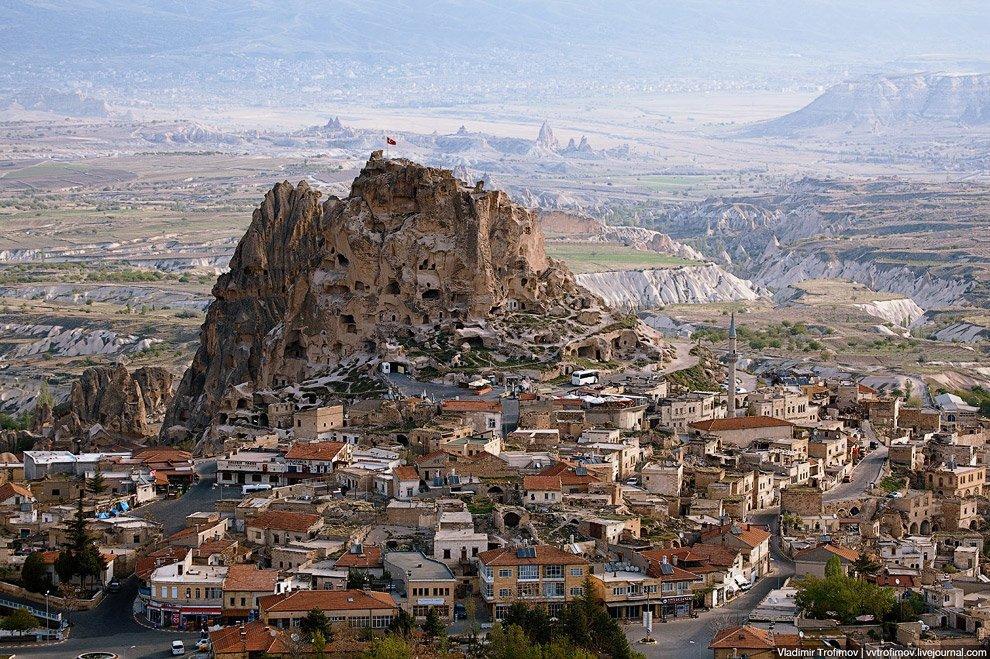 От чего спасались жители подземных и пещерных городов Каппадокии
