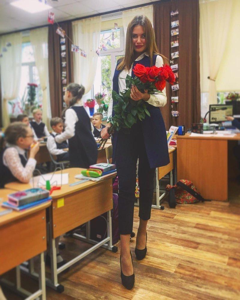 Учителя начальных классов, как правило, оправдывают ожидания мужской половины родительского комитета. день учителя, знания, красота, молодость, образование, учитель, школа