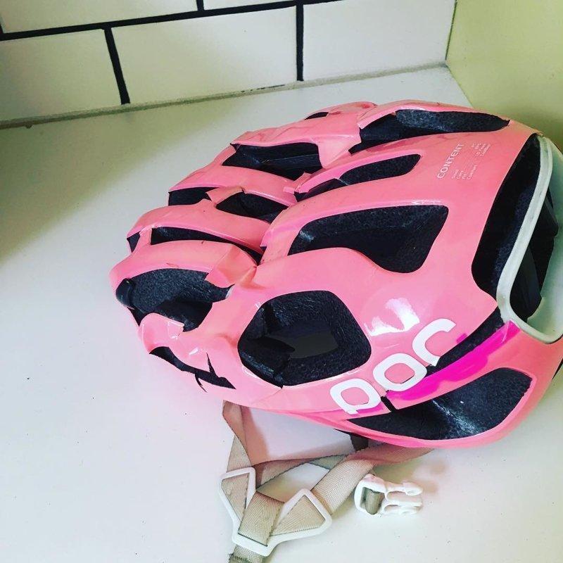 15. Главное не то, какого цвета шлем, а то, что он может защитить безопасность, береги жизнь, велосипедный шлем, каски, опасно, шлемы, экстрим