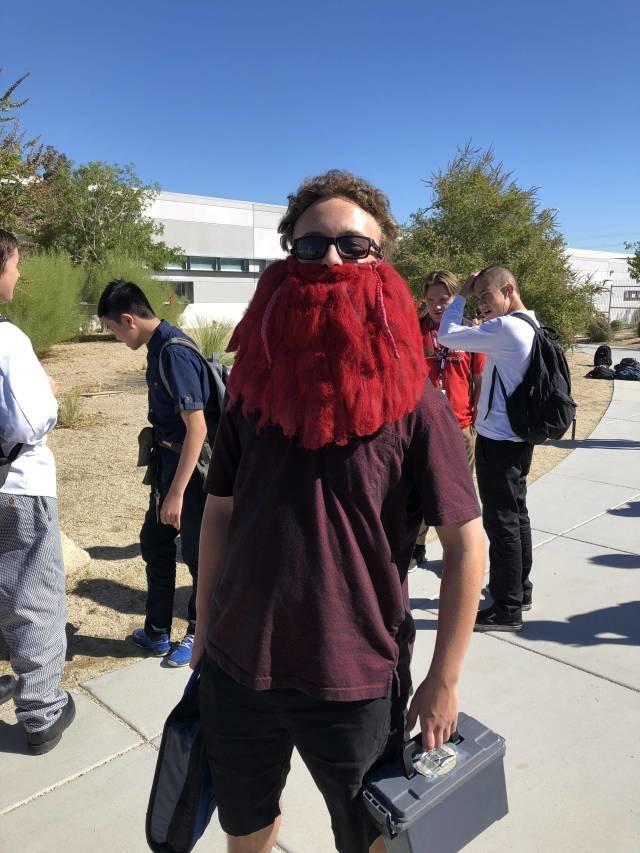 Красная борода день, животные, кадр, люди, мир, снимок, фото, фотоподборка