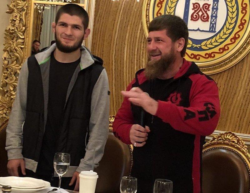 Кадыров позвал Хабиба на ужин и подарил ему Мерседес Instagram, Mercedes W222, ynews, Нурмагомедов, кадыров, подарок, хабиб