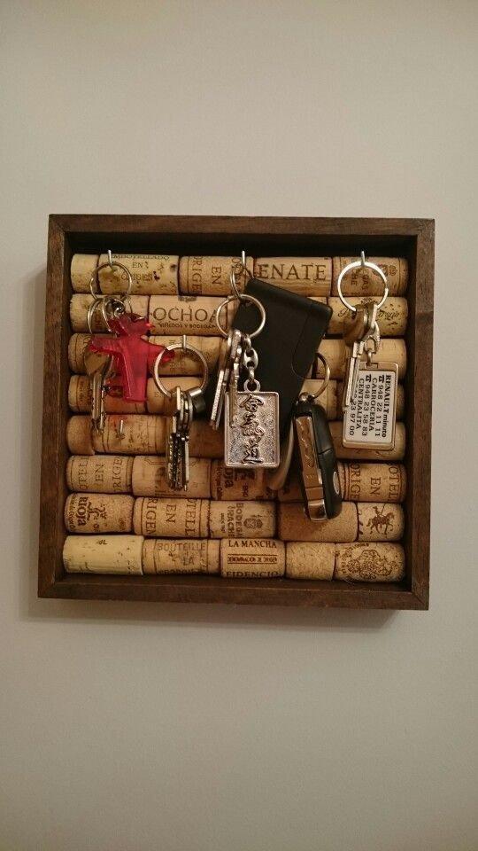 Ключница венки, винные пробки, декор, из пробок, пробки, сделай сам, ёлка