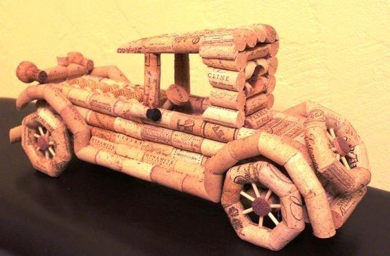 Можно и автомобиль сотворить при желании венки, винные пробки, декор, из пробок, пробки, сделай сам, ёлка