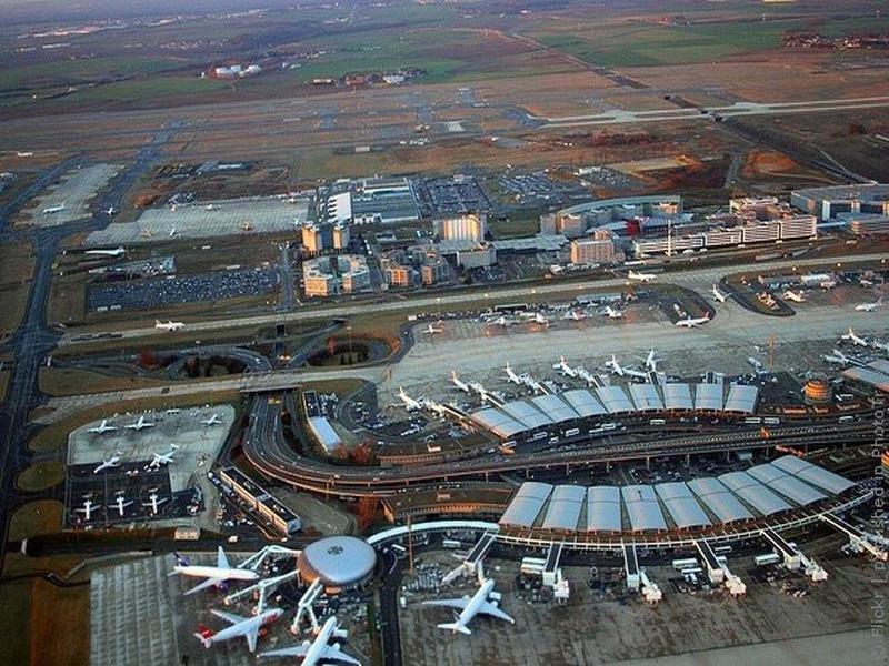 Парижский аэропорт имени Шарля де Голля