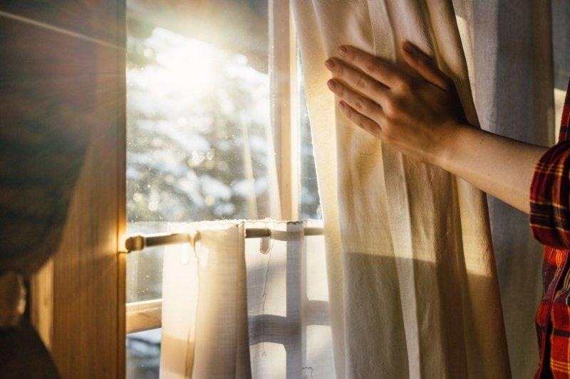 Пусть солнце греет Хозяйке на заметку, грелка, зима, ковры, окна, помещение, свитер, утепляемся, хитрости